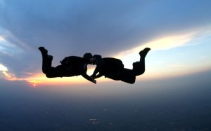 CoupleSkydiving
